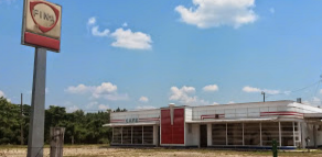 Old cafe and gas station on HWY 80