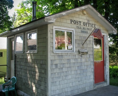 Yes, it is a functional post office!